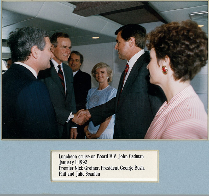 George-bush-and-Phil-Scanlan-1992