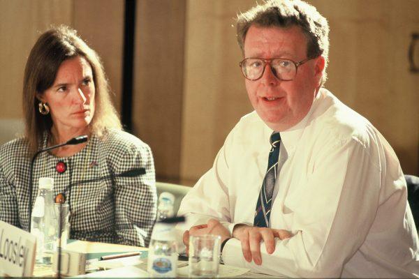 42 STEPHEN LOOSLEY& JUDITH BELLO FORUM 1994