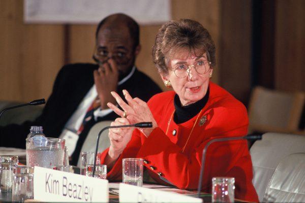 71 ANNE WEXLER FORUM 1994